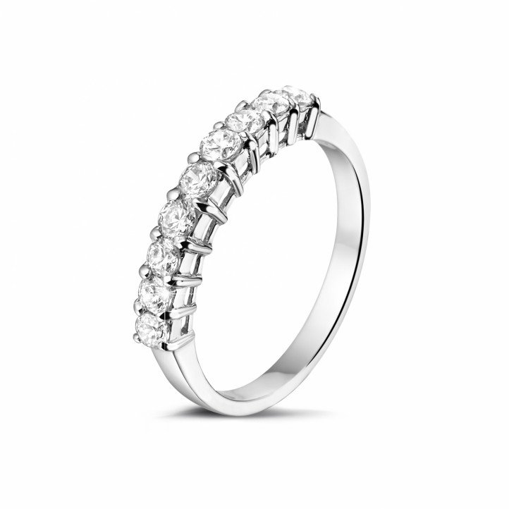 0.54 Karat diamantener Memoire Ring aus Platin
