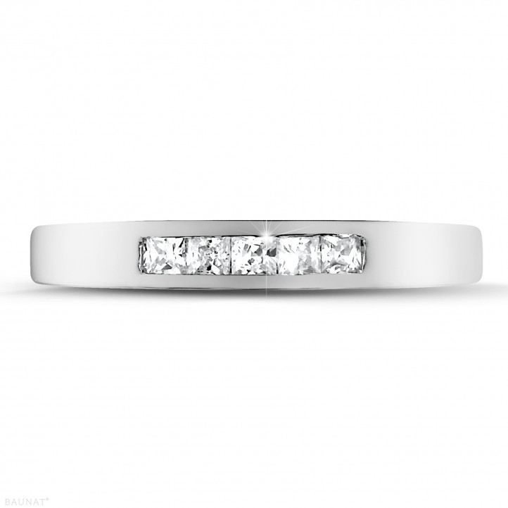 0.30 Karat Memoire Ring mit Prinzessdiamanten aus Platin