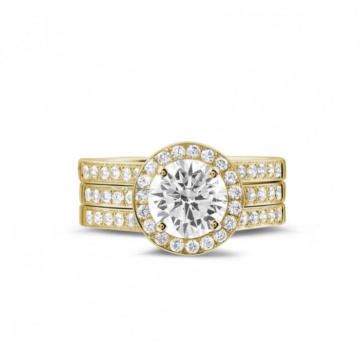1.50 Karat Diamant Solitärring aus Gelbgold mit kleinen Diamanten