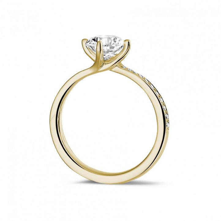 1.25 Karat Diamant Solitärring aus Gelbgold mit kleinen Diamanten