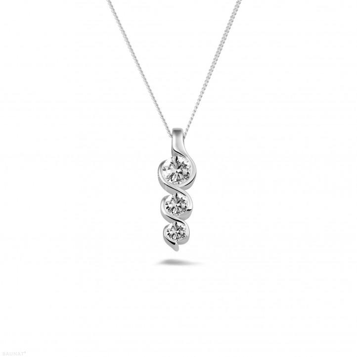 0.57 Karat Trilogie Diamantanhänger aus Weißgold