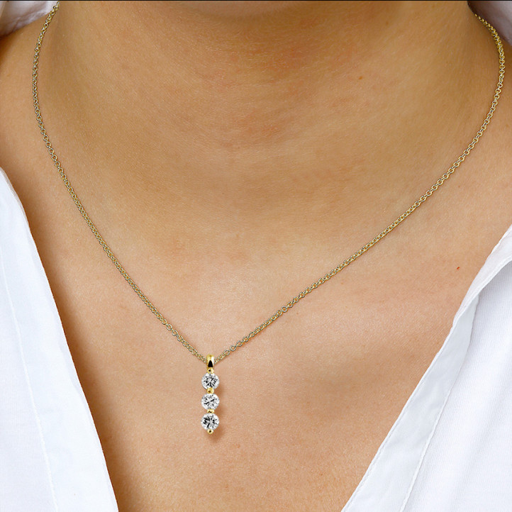 1.00 Karat Trilogie diamantener Anhänger aus Gelbgold