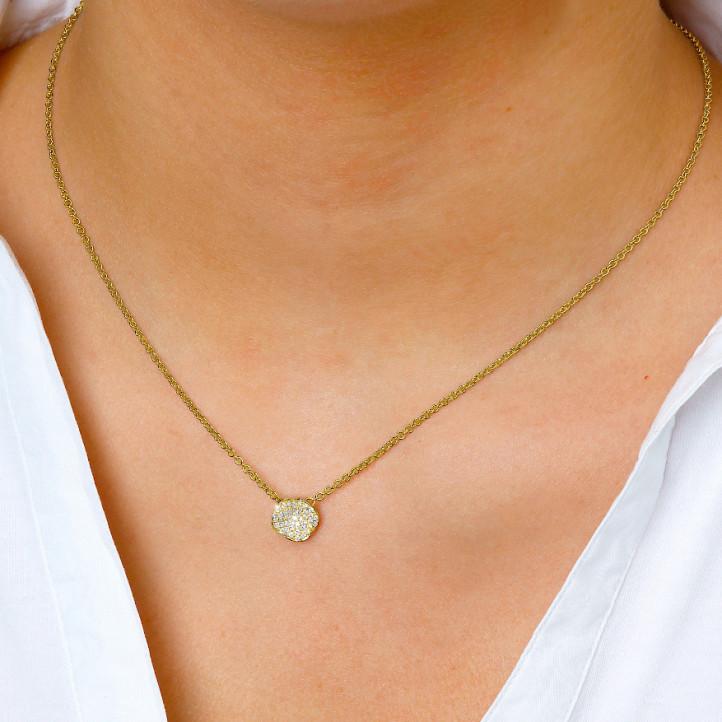 0.25 Karat diamantene Design Halskette aus Gelbgold