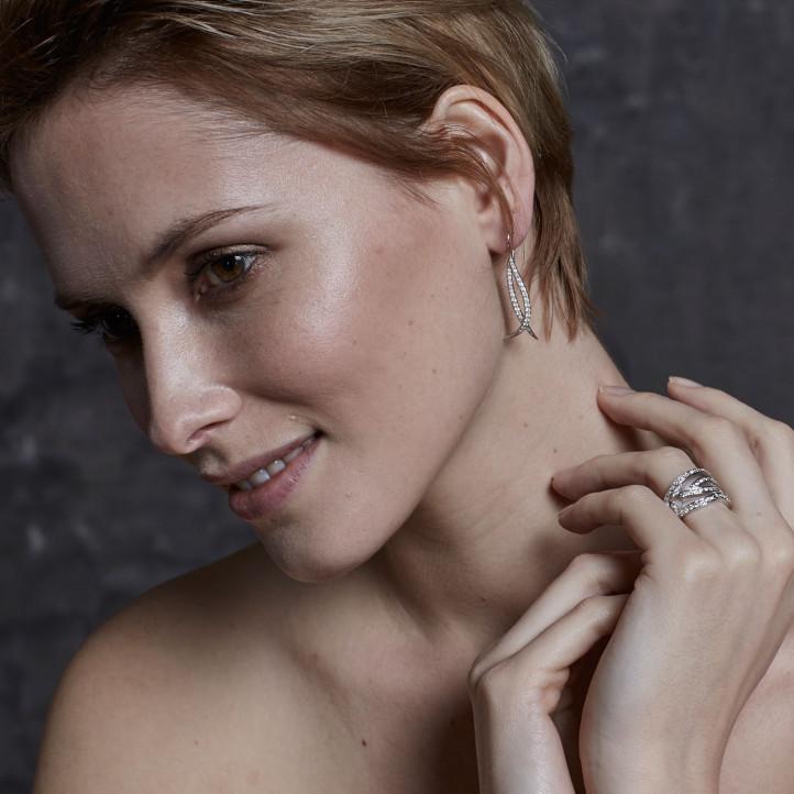 0.76 Karat diamantene design Ohrringe aus Weißgold