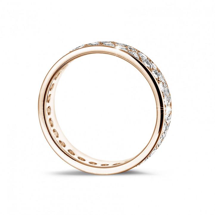 1.15 Karat Memoire Ring aus Rotgold mit zwei Reihen runder Diamanten