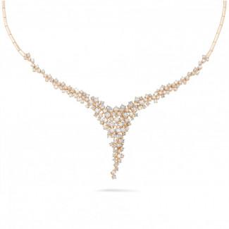 5,90 Karat diamantene Halskette aus Rotgold