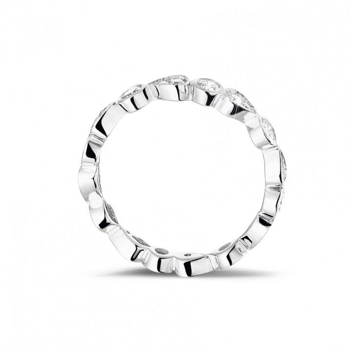 0.50 Karat diamantener Kombination Memoire Ring aus Weißgold mit birnenförmigem Design