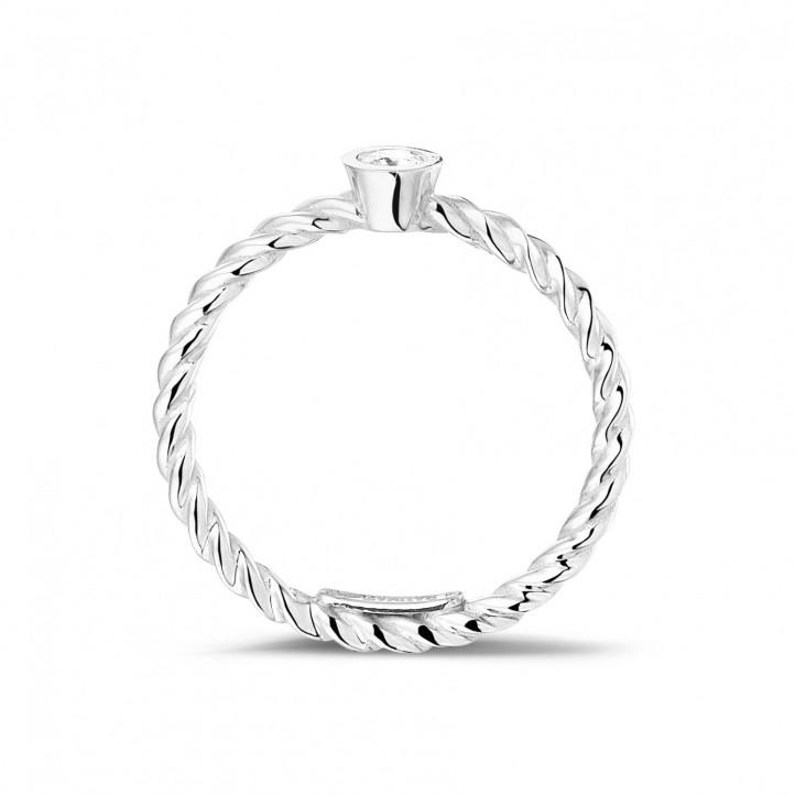 0.07 Karat gedrehter Kombination Ring aus Weißgold mit Diamant