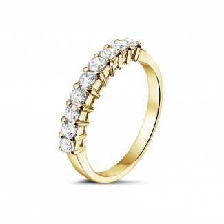 0.54 Karat diamantener Memoire Ring aus Gelbgold