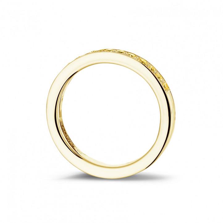 0.25 Karat diamantener Memoire Ring mit gelben Diamanten (zur Hälfte besetzt) aus Gelbgold
