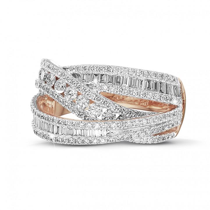 1.35 Karat Ring aus Rotgold mit runden und Baguette Diamanten