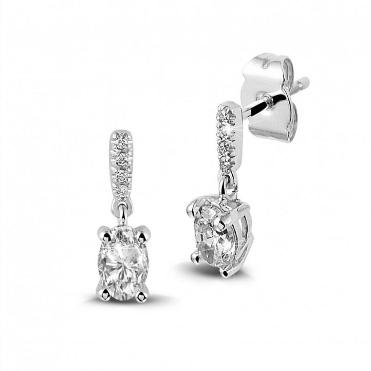 0.94 Karat Ohrringe aus Weißgold mit ovalen Diamanten