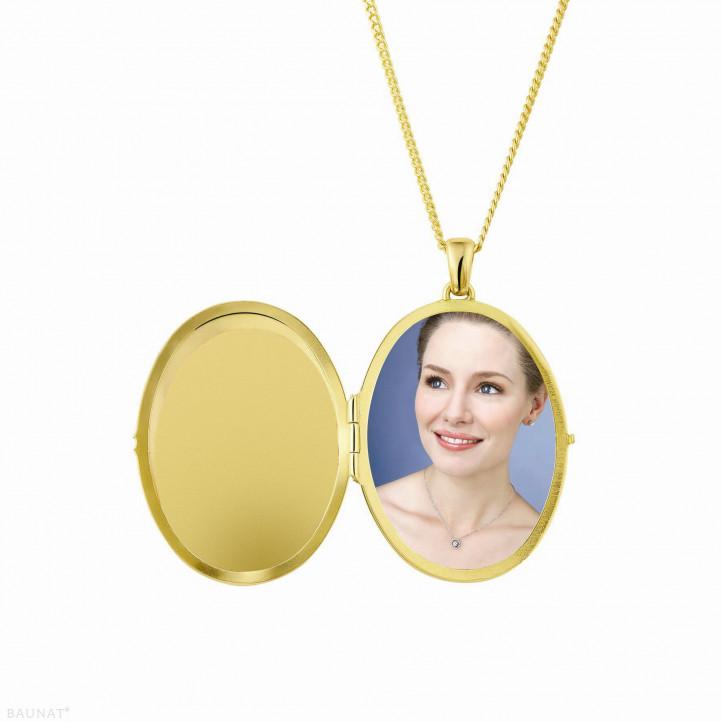 1.70 Karat Design Medaillon mit kleinen runden Diamanten aus Gelbgold