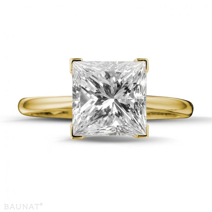 3.00 Karat Solitärring in Gelbgold mit Prinzessdiamanten