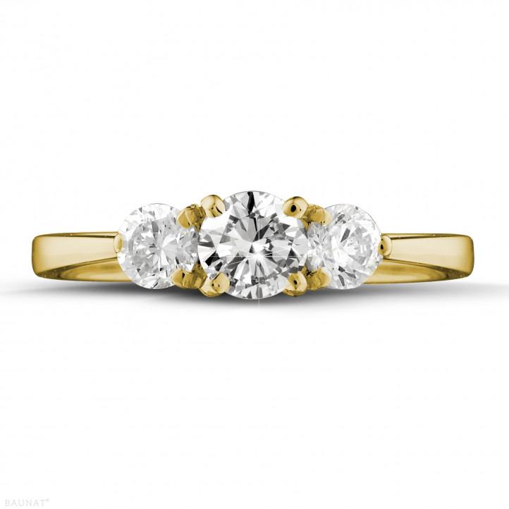 1.00 Karat Trilogiering mit runden Diamanten aus Gelbgold