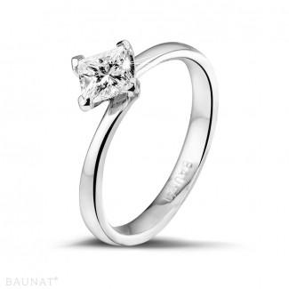 Diamantene Verlobungsringe aus Weißgold - 0.70 Karat Solitärring aus Weißgold mit Prinzessdiamanten