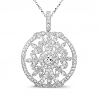 Necklaces - 0.90 carat diamond pendant in white gold