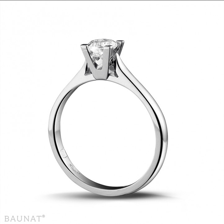 0.30 carat solitaire diamond ring in platinum