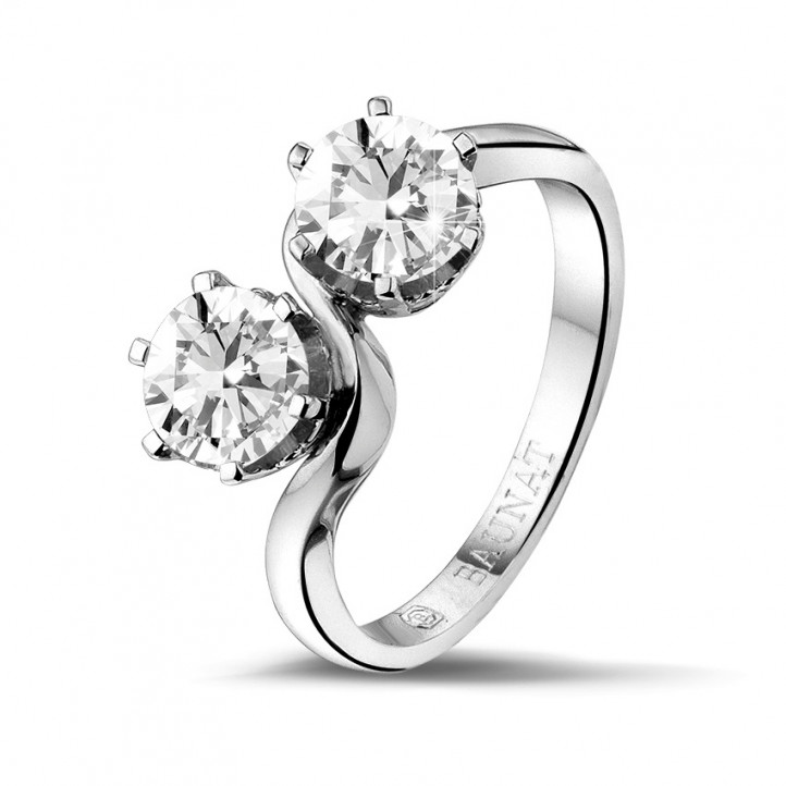1.50 carat diamond Toi et Moi ring in platinum