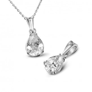 Necklaces - 1.00 carat white golden solitaire pendant with pear shaped diamond