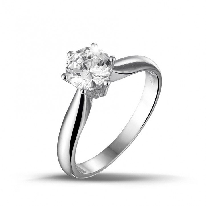 1.00 carat solitaire ring in white gold with diamond of exceptional quality (D-IF-EX)