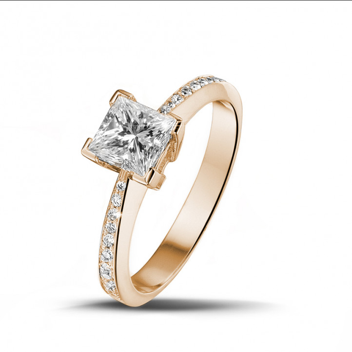 1.25 carat solitaire ring in red gold with princess diamond and side diamonds