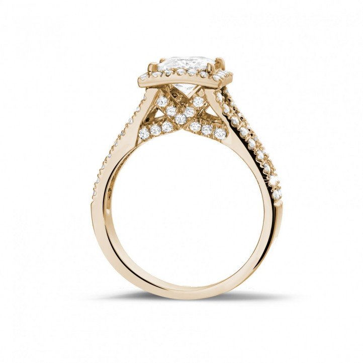 1.20 carat solitaire ring in red gold with princess diamond and side diamonds