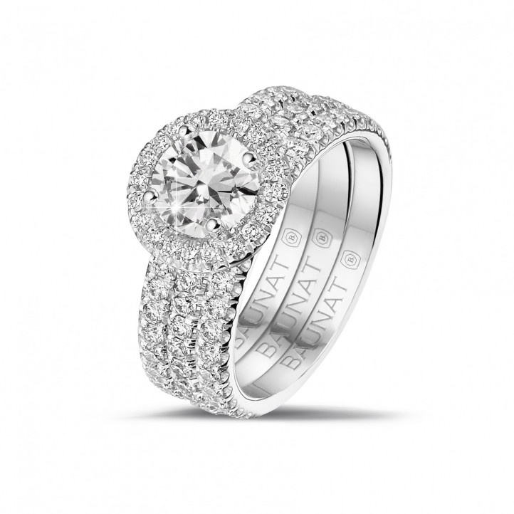 1.00 carat solitaire halo ring in platinum with round diamonds