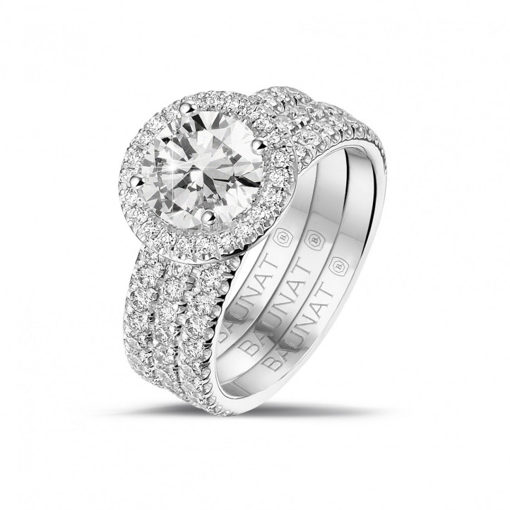1.50 carat solitaire halo ring in platinum with round diamonds