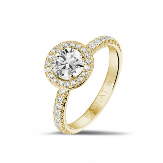 Engagement - 0.70 carat solitaire halo ring in yellow gold with round diamonds