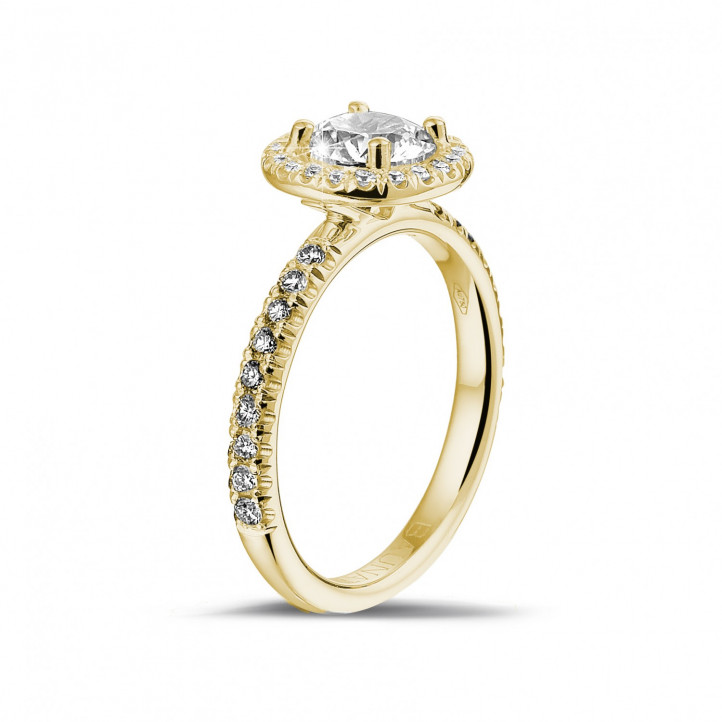 1.00 carat solitaire halo ring in yellow gold with round diamonds