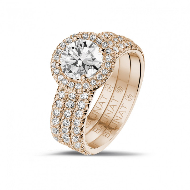 1.20 carat solitaire halo ring in red gold with round diamonds