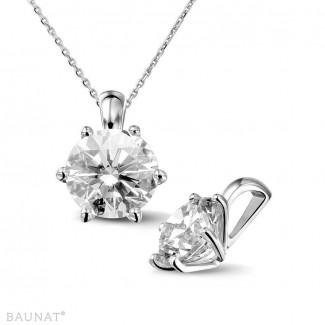 2.50 carat platinum solitaire pendant with round diamond