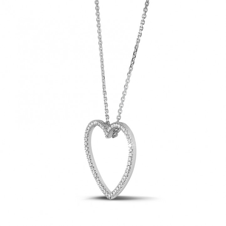 0.45 carat diamond heart shaped pendant in platinum