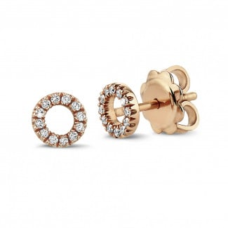 OO earrings in red gold with small round diamonds