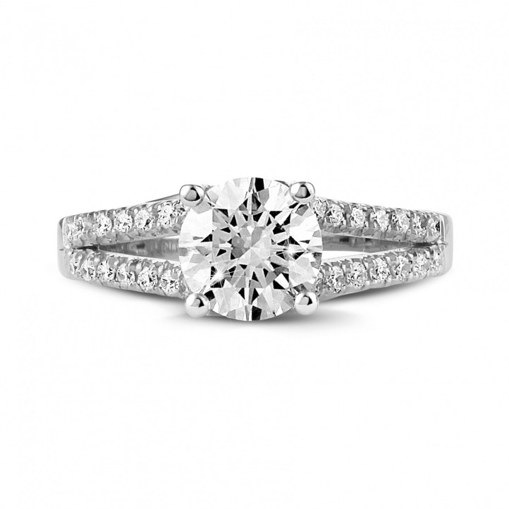 1.20 carat solitaire ring in white gold with side diamonds