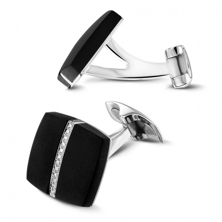 White golden cufflinks with onyx and diamonds