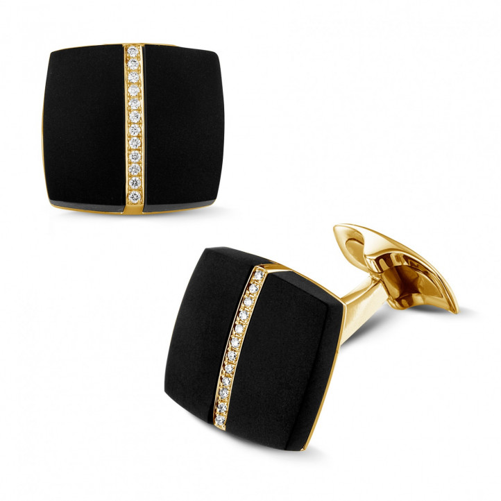 Yellow golden cufflinks with onyx and diamonds