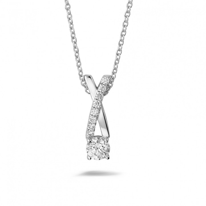 0.50 carat diamonds cross pendant in white gold