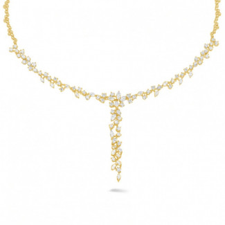 Diamond Pendants - 5.85 carat necklace in yellow gold with round and marquise diamonds
