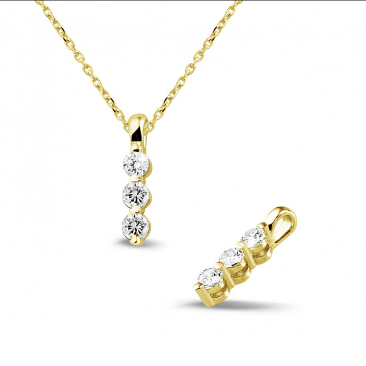 0.30 carat trilogy diamond pendant in yellow gold