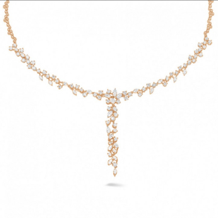 5.85 carat necklace in red gold with round and marquise diamonds