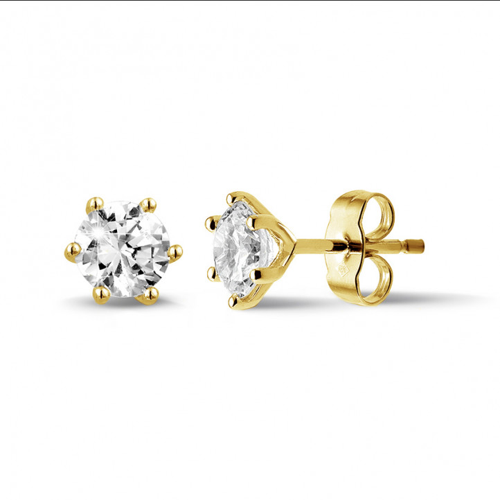 1.50 carat classic diamond earrings in yellow gold with six prongs