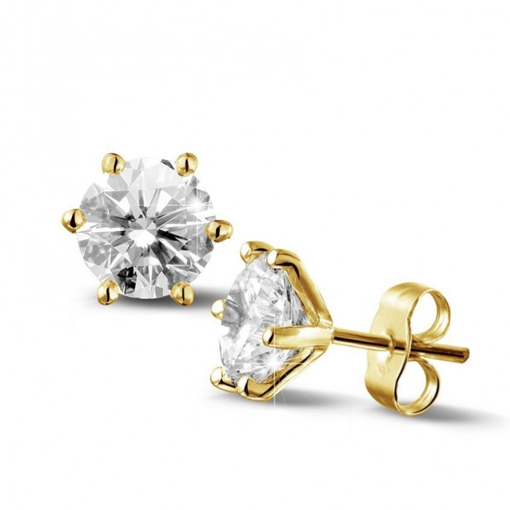 3.00 carat classic diamond earrings in yellow gold with six prongs