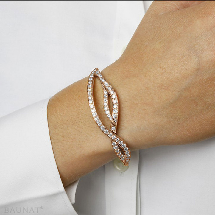 2.43 carat diamond design bracelet in red gold
