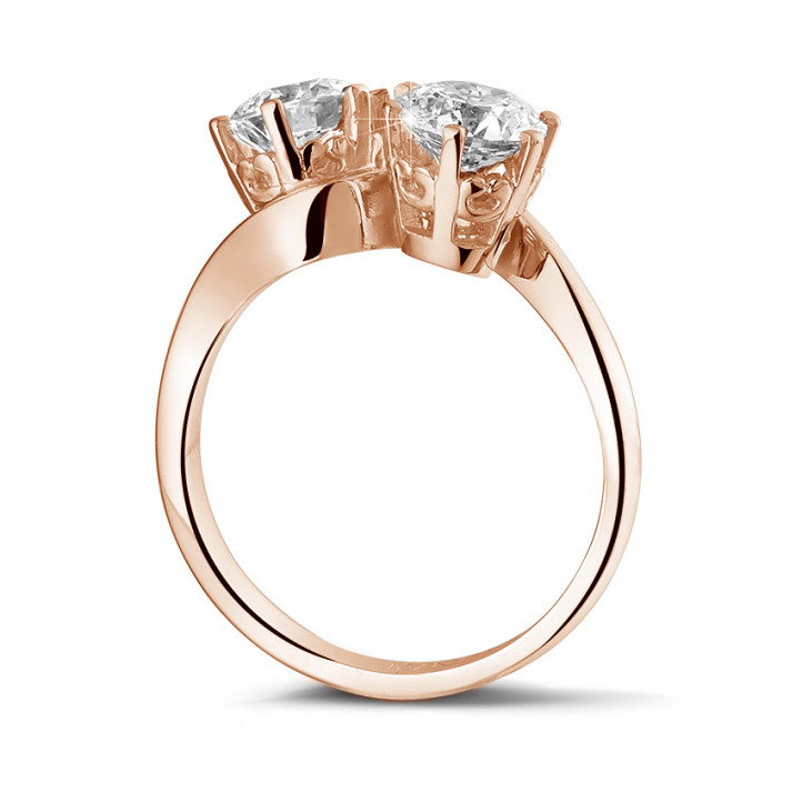 1.50 carat diamond Toi et Moi ring in red gold