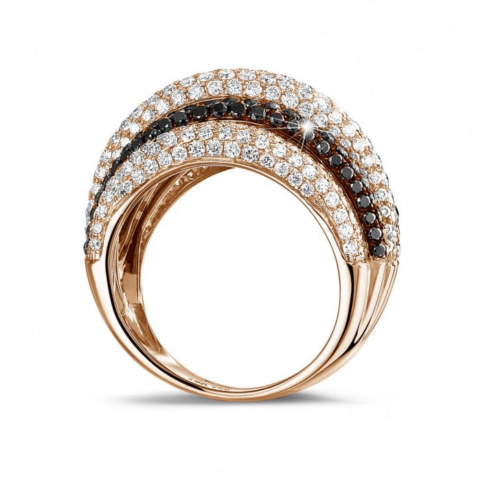 4.30 carat ring in red gold with black and white round diamonds