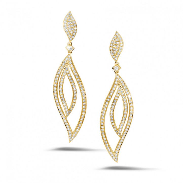 2.35 carat diamond leaf earrings in yellow gold