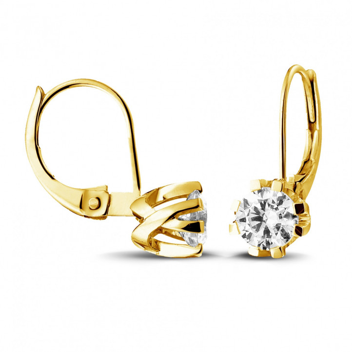 1.80 carat diamond design earrings in yellow gold with eight prongs