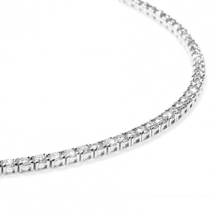 14.60 carat diamond river necklace in white gold